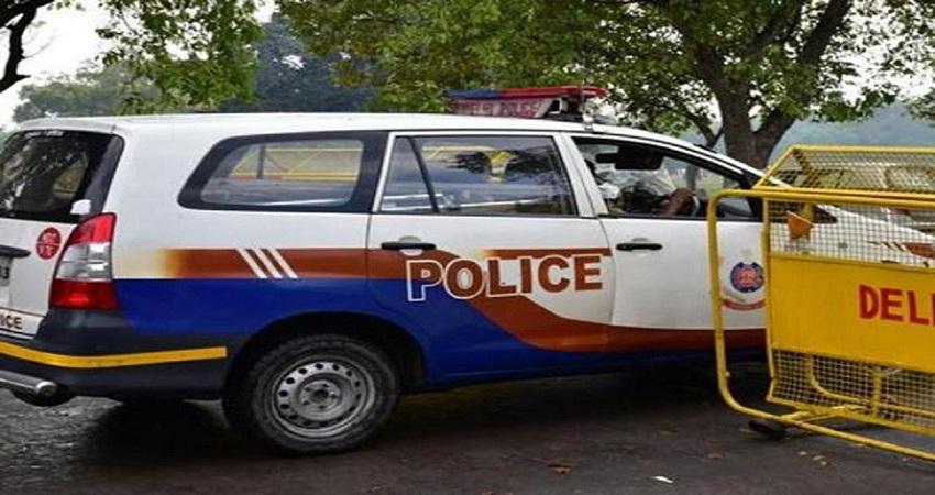 मास्क न पहनने पर रोका तो तीन युवकों ने दिल्ली पुलिस पर किया हमला, आरोपी सेशन जज का ड्राइवर