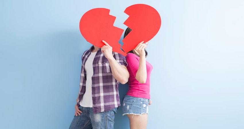 इन 4 कारणों से कपल के रिश्तों में आ सकती है दरार, जरुर दें इन पर ध्यान