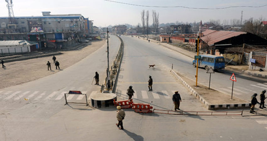 श्रीनगर हाईवे को 'बंद' करना नासमझी भरा निर्णय
