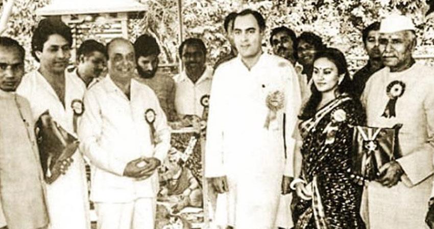 जब राजीव गांधी ने ''रामायण'' की स्टारकास्ट को बुलाया था दिल्ली, देखें यह थ्रोबैक तस्वीर