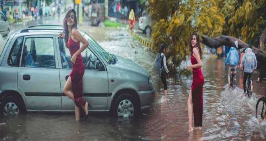 पटना में आई बाढ़ के बीच पानी में उतरी जलपरी, तस्वीरें हो रही हैं सोशल मीडिया पर वायरल