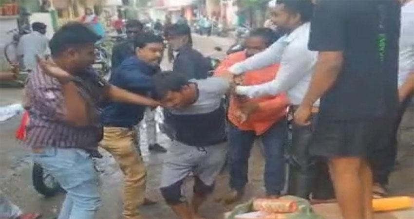 इंदौरः चूड़ी बेचने की आड़ में नाबालिग से छेड़खानी- युवक पर 9 गंभीर धाराओं के तहत FIR