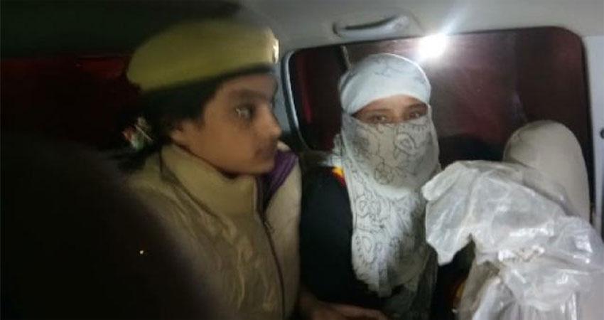 चिन्मयानंद प्रकरण की पीड़िता लड़की जेल से रिहा, पांच करोड की रंगदारी मांगने का था आरोप