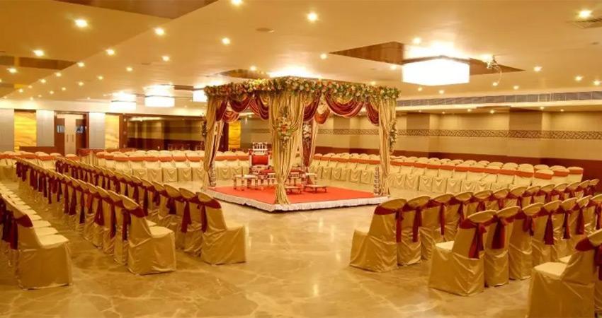 शादी के लिए Hall Booking पर देनी होगी दूल्हा- दुल्हन की आईडी