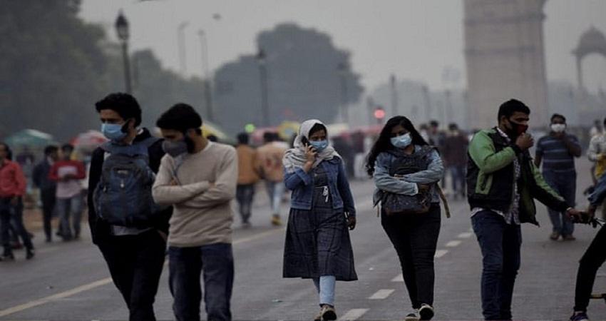 Delhi Weather Update: ठंड और प्रदूषण की दोहरी मार झेल रही दिल्ली, आज से और गिरेगा पारा