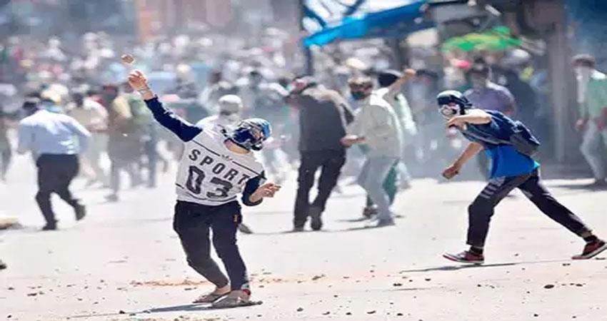 जम्मू-कश्मीर निकाय चुनाव: आतंकवादियों ने पुलवामा में पंचायत घर फूंका