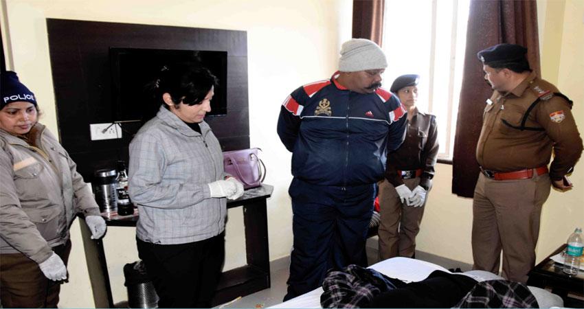 हरिद्वारके होटल में मृत मिली महिला, सिपाही ने बुक कराया था कमरा