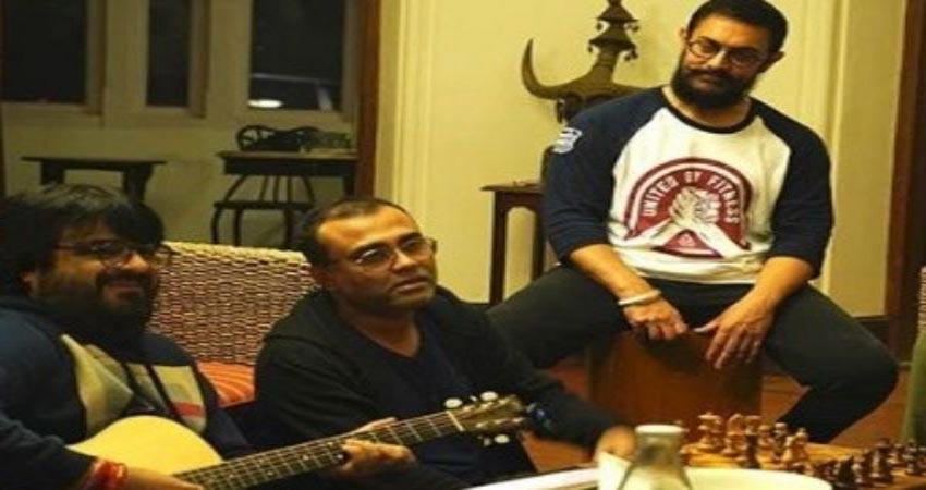 Laal Singh Chaddha के म्यूजिक से बेहद खुश हैं आमिर खान, दोस्तों को सुनाने की जता रहे इच्छा