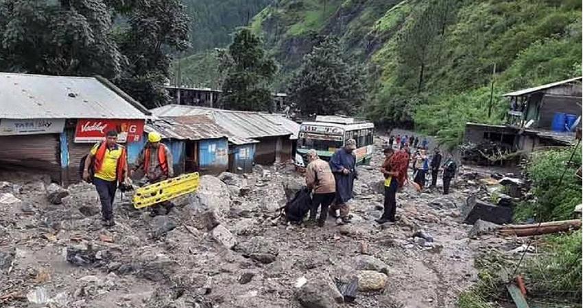 जम्मू-कश्मीर: एक गांव में बादल फटने से पांच लोगों की मौत, 25 से अधिक लापता