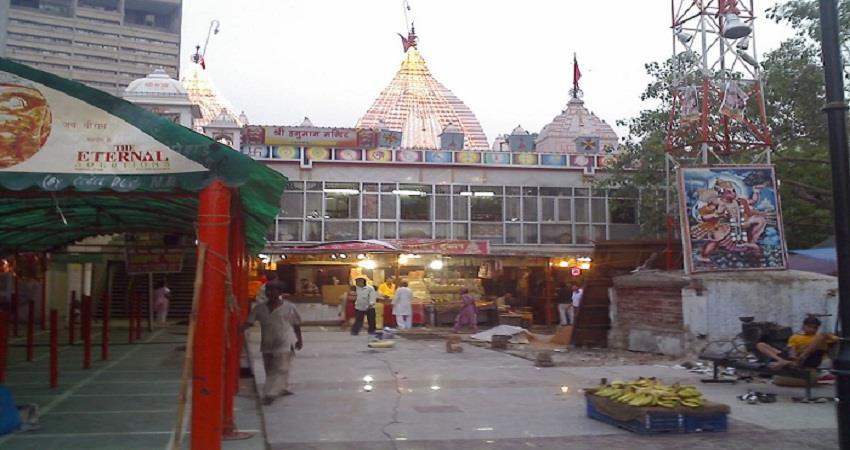 कनॉट प्लेस के हनुमान मंदिर में लगा सेनेटाइजर टनल, एक साथ 25 श्रद्धालुओं को ही मिलेगा प्रवेश