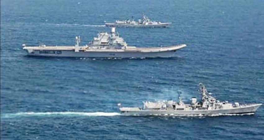 भारतीय नौसेना की निगरानी से घबराकर लौटा चीनी पोत, हिंद महासागर में कर रहा था जासूसी