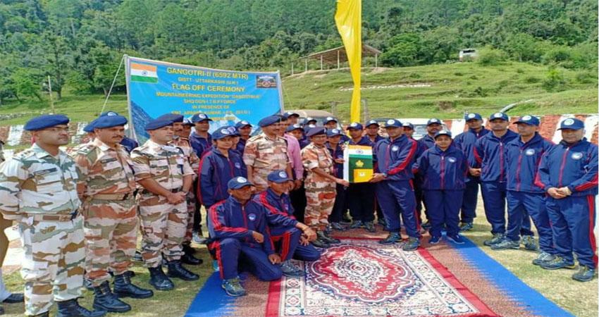 गंगोत्री-2 चोटी फतह करने को ITBP का 56 सदस्यीय दल रवाना