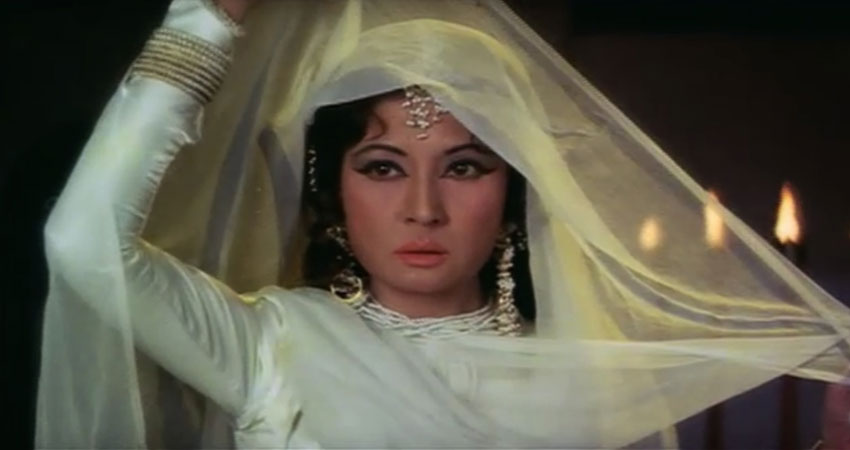 पुण्यतिथि: इस वजह से मीना कुमारी को जीनत अमान के पिता से भी करना पड़ा था निकाह