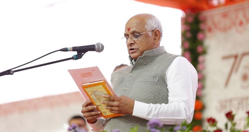 Gujrat: पटेल मंत्रिमंडल में सभी नए चेहरे, 24 मंत्रियों ने शपथ ली