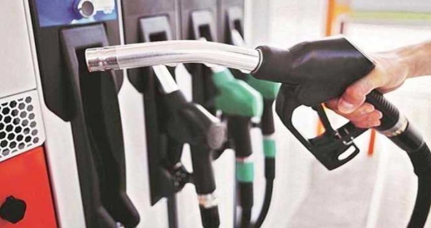 राजस्थान: पेट्रोल की कीमत से जनता बेहाल, 100 रुपए के पार पहुंचे दाम
