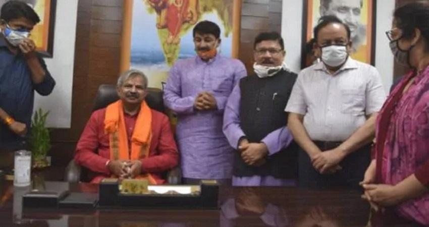 हिरासत में लिए गए दिल्ली BJP अध्यक्ष आदेश गुप्ता, कर रहे थे विरोध प्रर्दर्शन