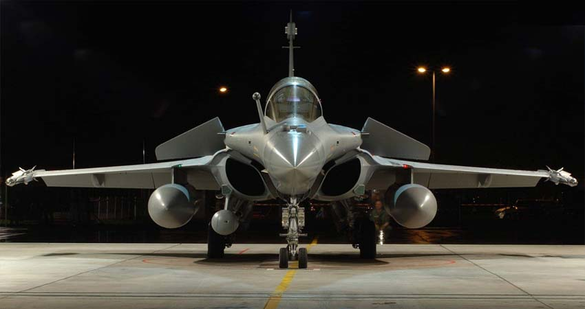 पाक का F-16 हो या चीन का J-20, राफेल के आगे सब फेल, जानें इसकी खूबियां