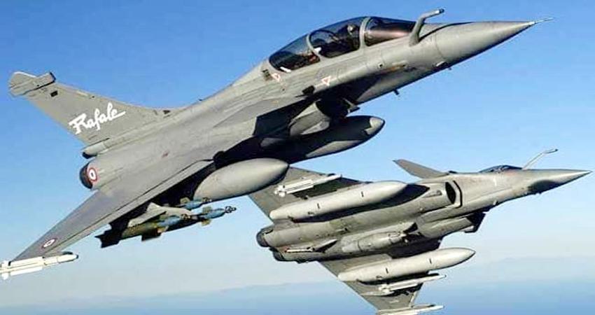 भारत को आज मिलेगा पहला राफेल विमान, जानें कैसे बढ़ाएगा वायुसेना की ताकत