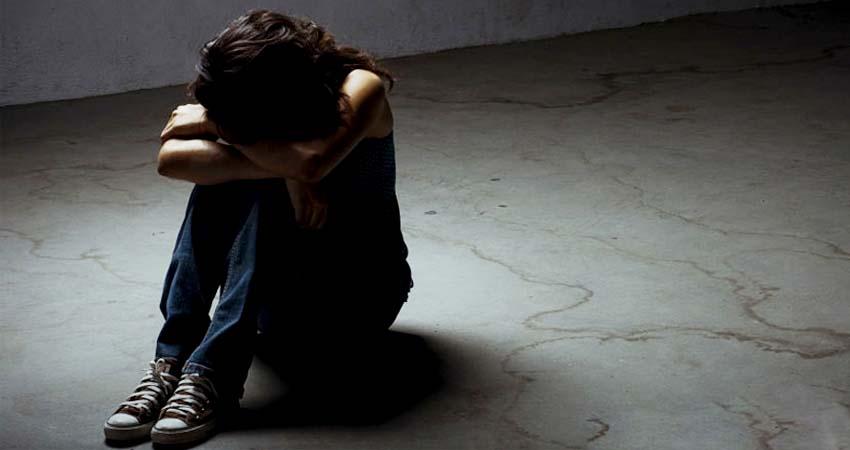 भारत की 'पवित्र धरती' बन गई 'बलात्कारियों की धरती'