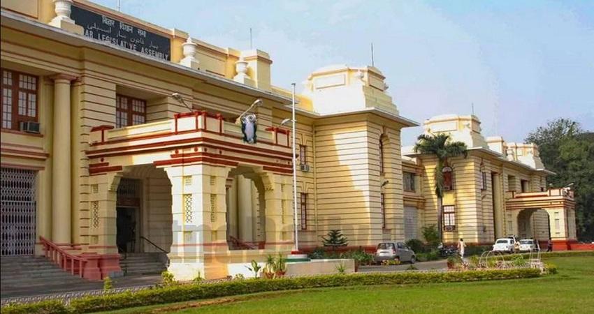 बिहार विधानसभा का सत्र शुरू होते ही तार किशोर प्रसाद और रेणु देवी ने ली शपथ, सदन में दिखे ये बदलाव