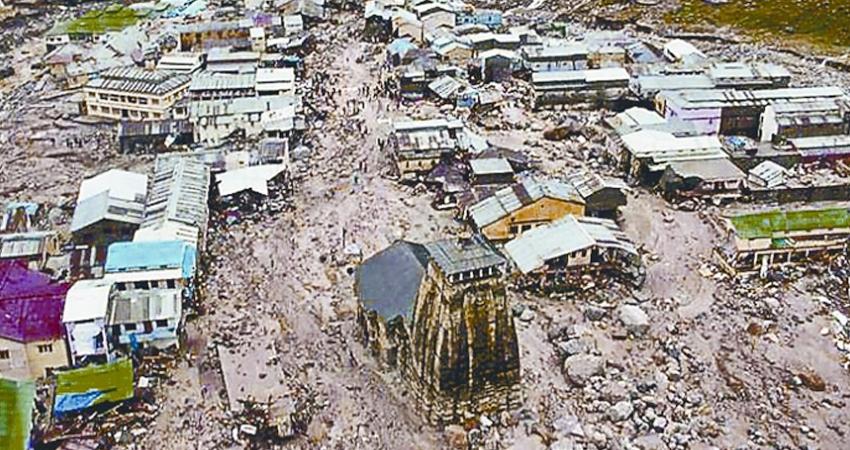 Uttarakhand Glacier Burst: पहले भी कुदरत ने बरपाया था कहर,2013 की आपदा में इससे बूरे थे हालात