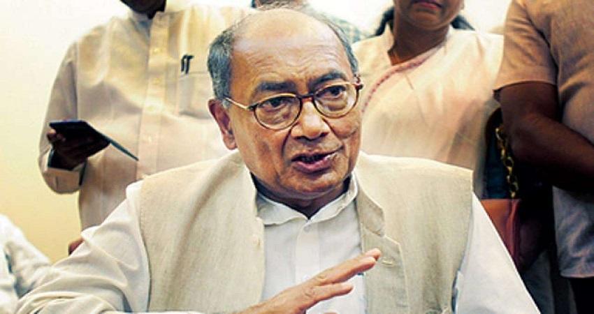 दिग्विजय बोले, RSS-BJP छोड़ तेजस्वी को आशीर्वाद दें नीतीश कुमार