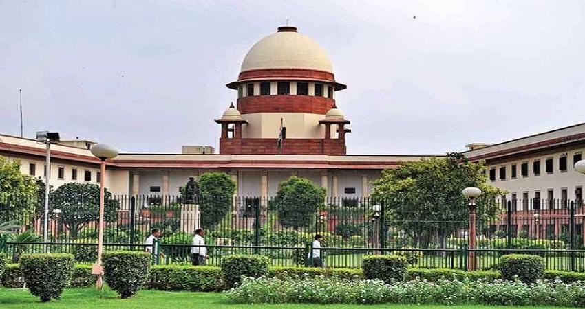 कोरोना पर सुप्रीम कोर्ट ने दिल्ली समेत इन राज्यों को लगाई कड़ी फटकार, मांगी स्टेटस रिपोर्ट