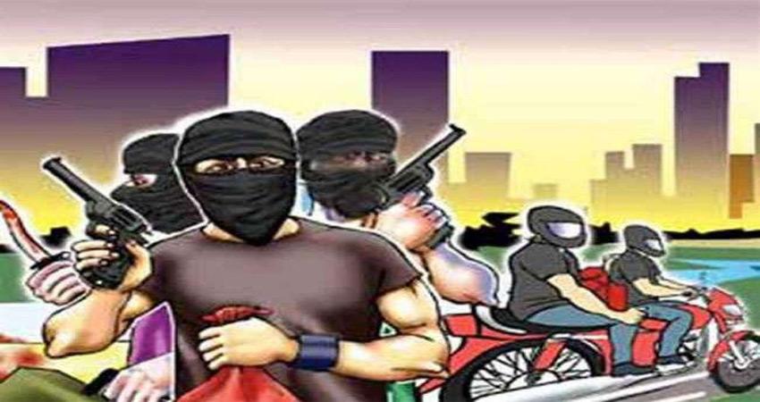 साउथ दिल्ली स्पेशल स्टाफ ने इस तरह दबोचा कुख्यात स्नैचरों को