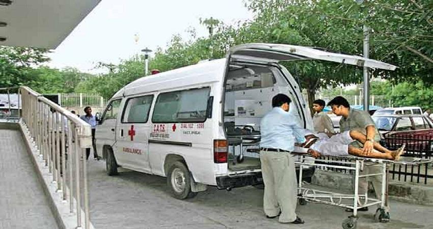 दिल्ली पुलिस के SI को 3 अस्पतालों ने भर्ती करने से किया इनकार, तो एंबुलेंस में ही किया सुसाइड