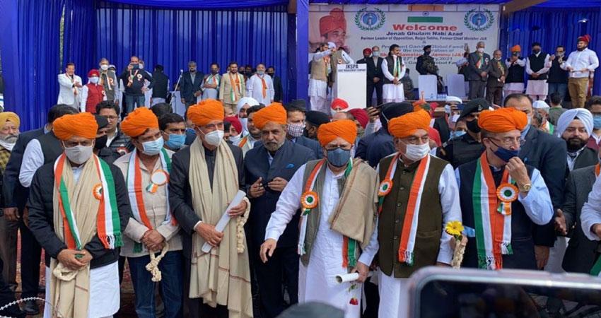 बागियों ने बढ़ाई सोनिया गांधी की टेंशन,अध्यक्ष के चुनाव में उम्मीदवार उतारेगा जी-23
