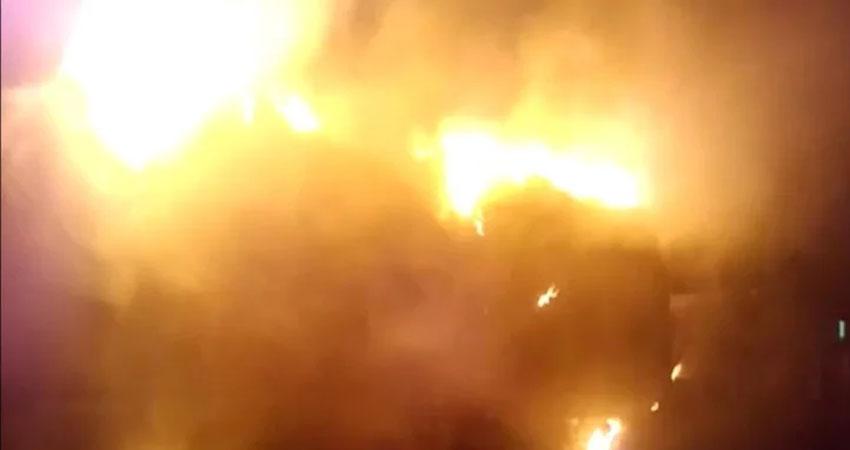 एक बार फिर बरपा राजधानी में आग का कहर, ITO स्थित विकास भवन में लगी आग