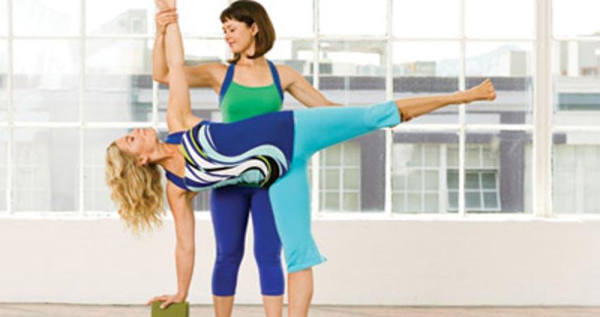 Yoga Poses 2020: ये हैं वो पांच आसन जो आपके स्वास्थ्य के लिए चमत्कार साबित हो सकते हैं