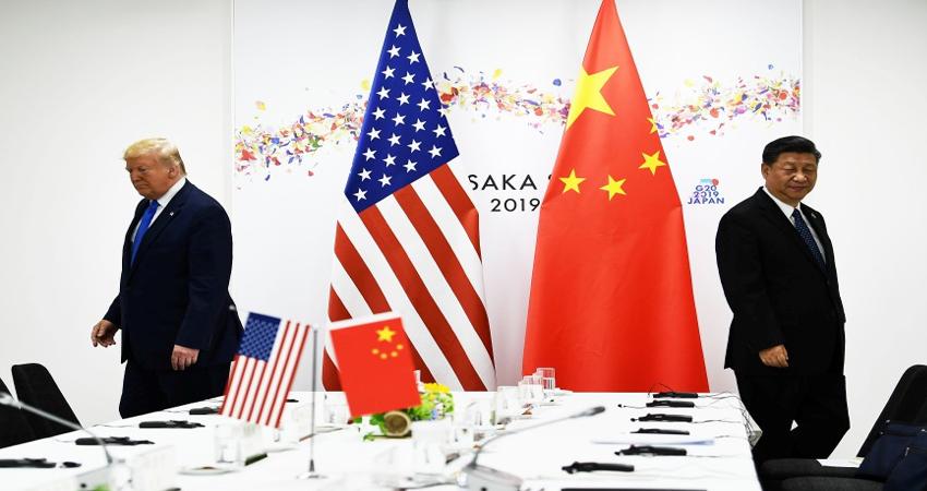 अमेरिका-चाइना ट्रेड वार बढ़ा सकता है दुनिया में मंदी का संकट