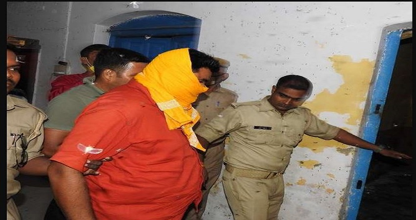 बलिया गोलीकांड के दोषी धीरेंद्र प्रताप सिंह को भेजा गया जेल, 14 दिन की न्यायिक हिरासत