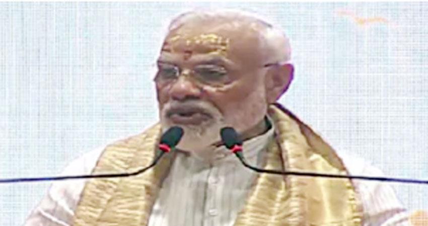 वाराणसी में बोले PM मोदी - देश का पीएम हूं लेकिन काशी के लिए एक कार्यकर्ता