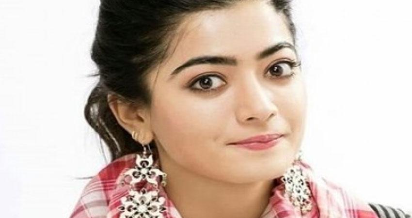 रश्मिका मंदाना अपनी पहली बॉलीवुड फिल्म ''मिशन मजनू'' की शूटिंग शुरू करने के लिए पहुंची लखनऊ!