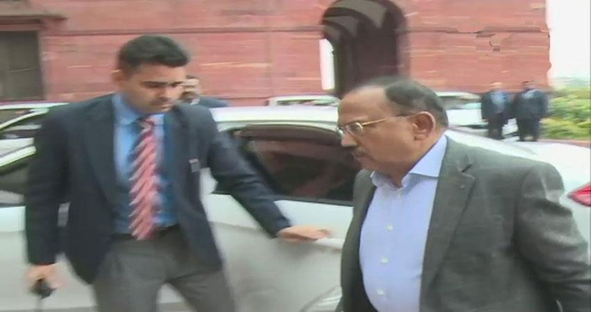 PAK फाइटर प्लेन को ढेर करने के बाद दिल्ली में हलचल तेज, PM मोदी ने बुलाई बैठक