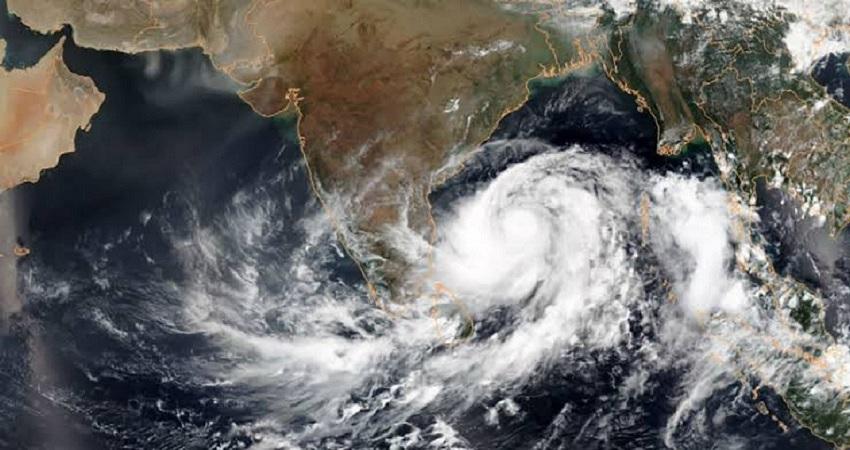 गृह मंत्रालय ने जारी अलर्ट, अगले 6 घंटे में ''अम्फान'' कर सकता है देश में तबाही