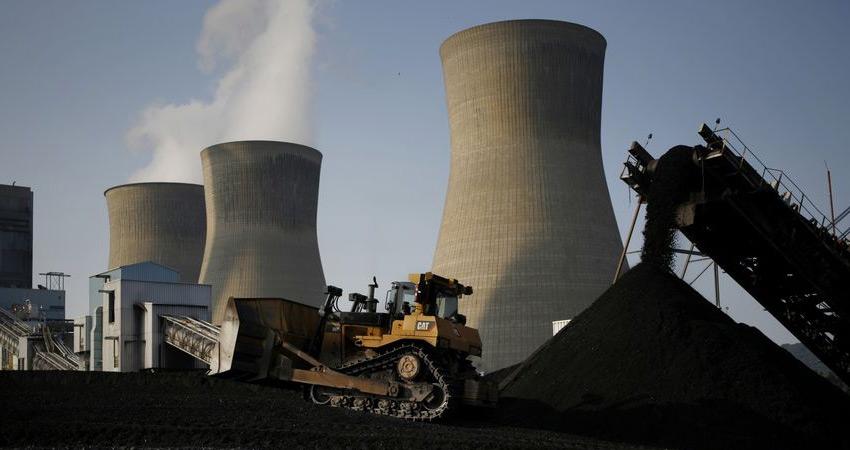 चीन और भारत में मंदी, सस्ती हो सकती है बिजली
