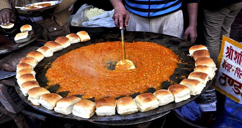 दिल्ली की गालियों में चखें इन स्ट्रीट फूड का स्वाद
