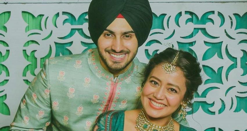 पति रोहनप्रीत के साथ लिप-लॉक करती दिखीं नेहा कक्कड़, फोटो हुई वायरल