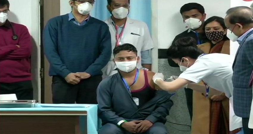 जानें आज कोरोना वैक्सीनेशन के पहले दिन दिल्ली में कितने लोगों लगेगा टीका
