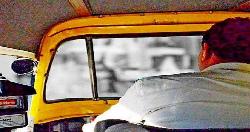 दिल्ली: लुटने के बाद ऑटो चालक पहुंचा थाने तो लॉकअप में बंद मिले बदमाश