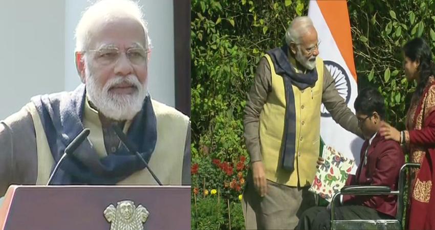 बहादुर बच्चों से मिले PM मोदी, कहा- समाज और राष्ट्र के लिए आपको समर्पित देखकर गर्व होता है