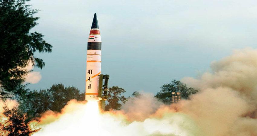 ''अग्नि-5'' मिसाइल परीक्षण हुआ सफल, रेंज में हैं चीन और पाकिस्तान