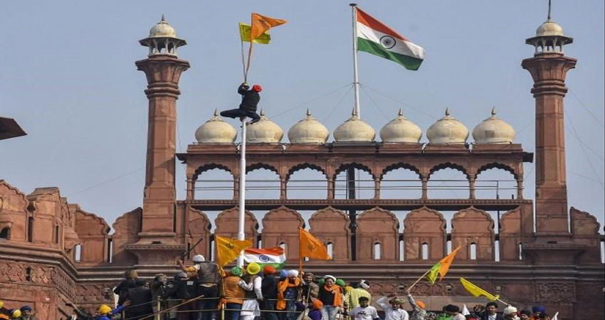 दिल्ली: कई हिंसक घटनाओं का गवाह है लालकिला