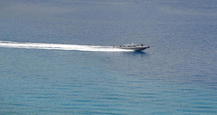भारत-चीन सीमा विवाद के बीच नौसेना भी उतरी मैदान में, युद्धक मोटरबोट किए जा रहे तैनात