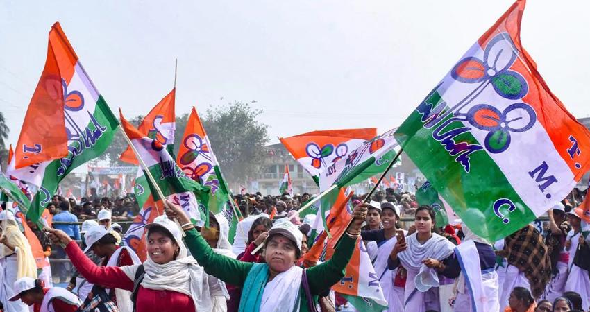 असम चुनाव: कांग्रेस के घोषणापत्र में गृहणियों को 2,000 रुपये प्रति माह, लोगों को मुफ्त बिजली के वादे