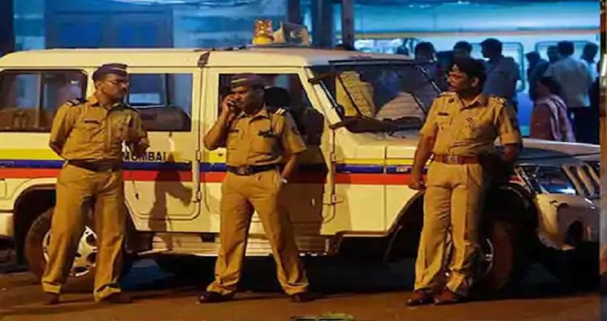 मुंबई में आतंकी हमले की आशंका, अगले 30 दिनों तक जारी किया गया अलर्ट