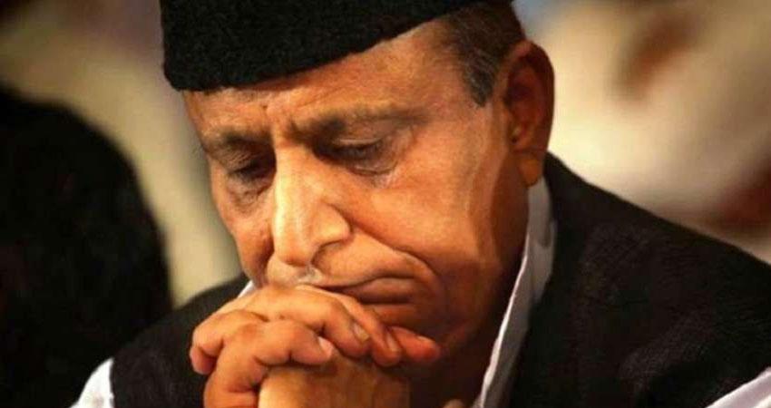 जयाप्रदा पर अभद्र टिप्पणी को लेकर मुश्किल में आजम खान, सीतापुर जेल से अदालत ने भेजा नोटिस